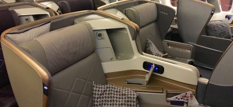 Singapore Airlines Business Class 777 - Cabin