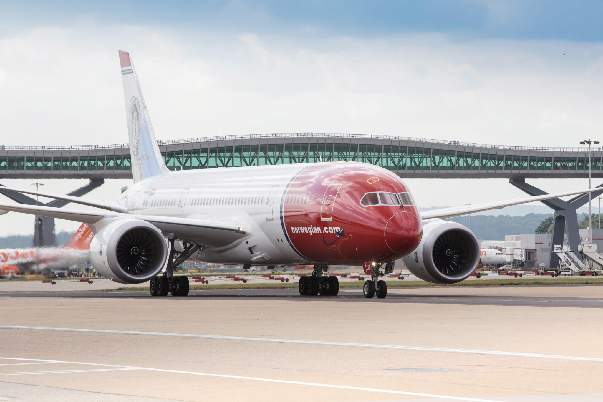 Norwegian 787-9 Dreamliner at Gatwick; image courtesy of media.norwegian.com