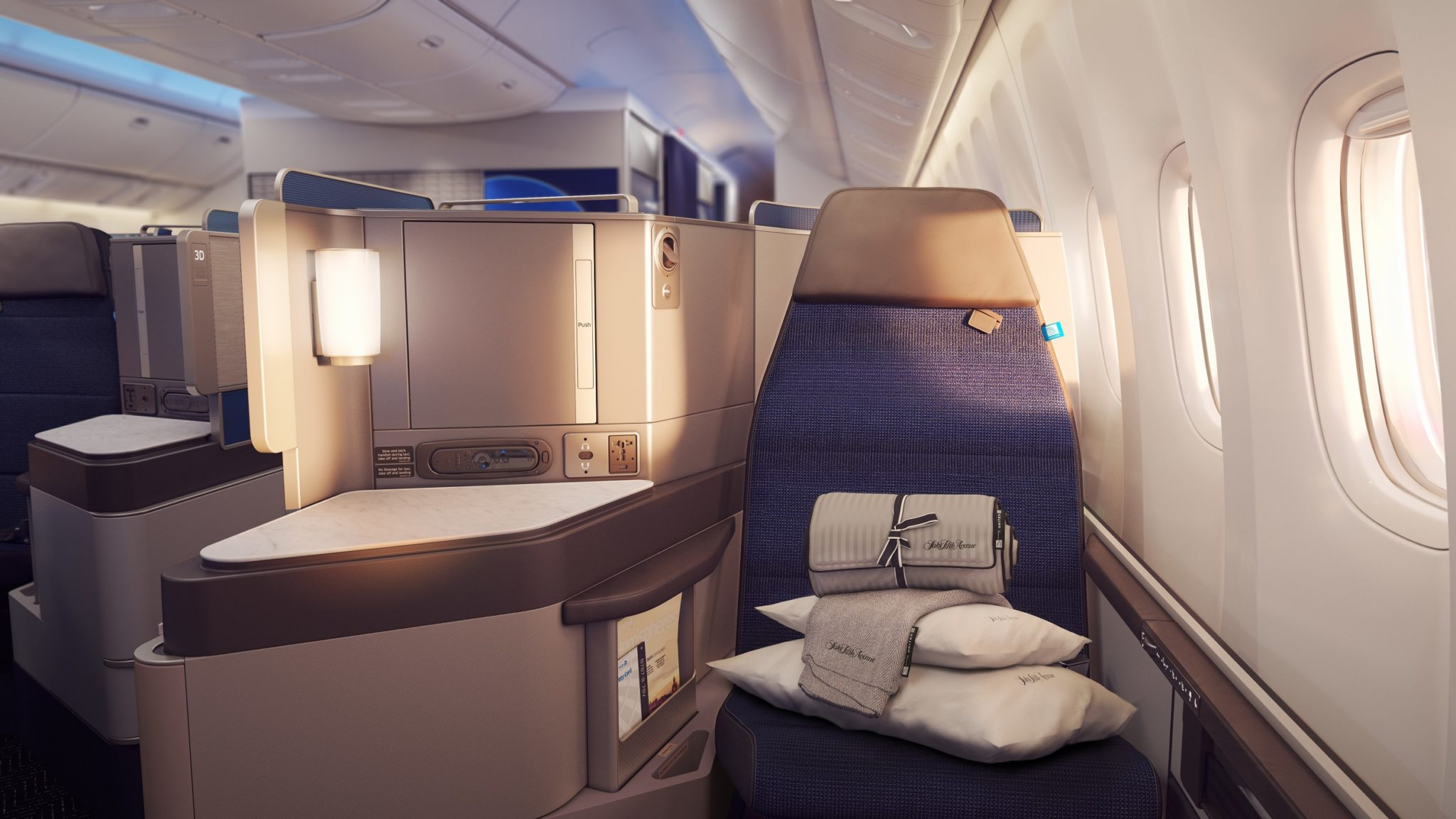 United Polaris - Seat, Amenities, Routes, Lounges & More [2019]