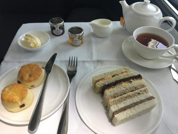 British_Airways_First_Class_787-9_Afternoon_Tea