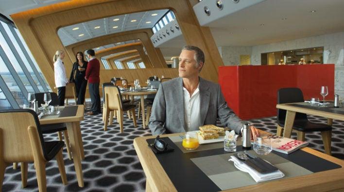 Qantas International First Lounge Sydney