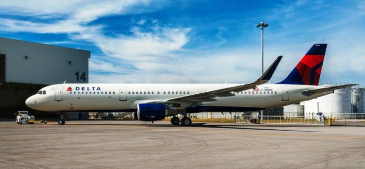 Delta airbus plane
