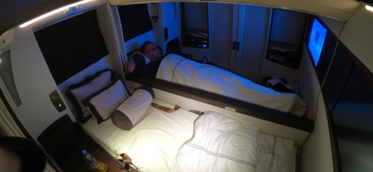 Singapore Airlines First Class Suites Frankfurt to Singapore Double Bed