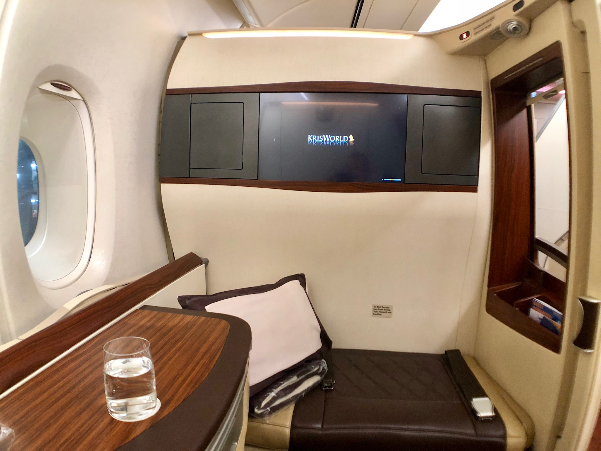 Singapore Airlines A380 First Class \