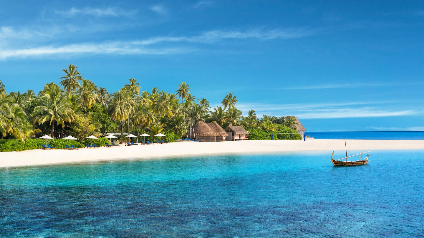 The Best Ways to Fly and Stay in the Maldives with Points [2019]
