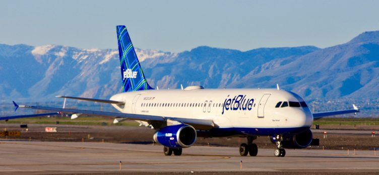 JetBlue Plane Taxiing
