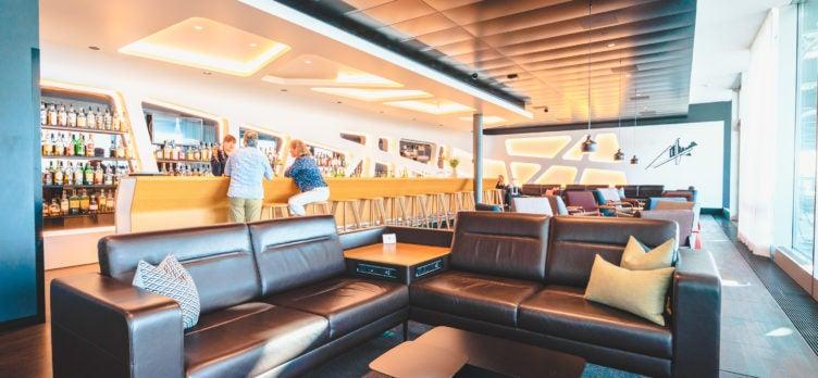 Swiss Senator Lounge Zurich Whisky Bar