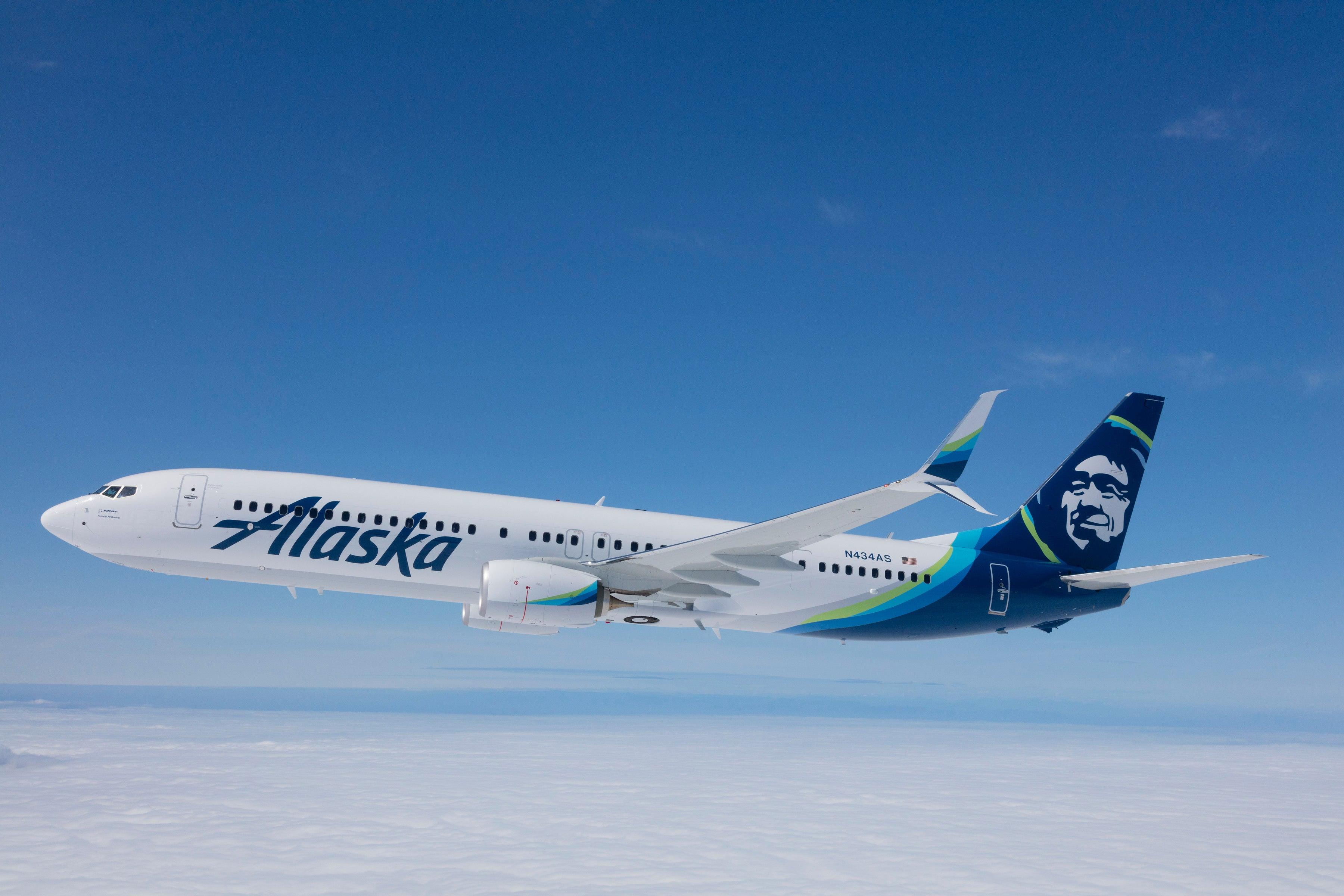cb85ec13cfc5 Alaska Airlines Review  Seats