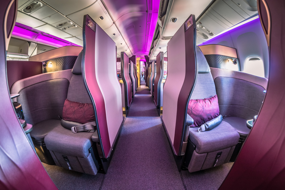 Qatar Airways 777 Qsuites Business Class Review [SYD > DOH]