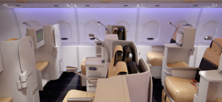 Alitalia 777-200 Business Class