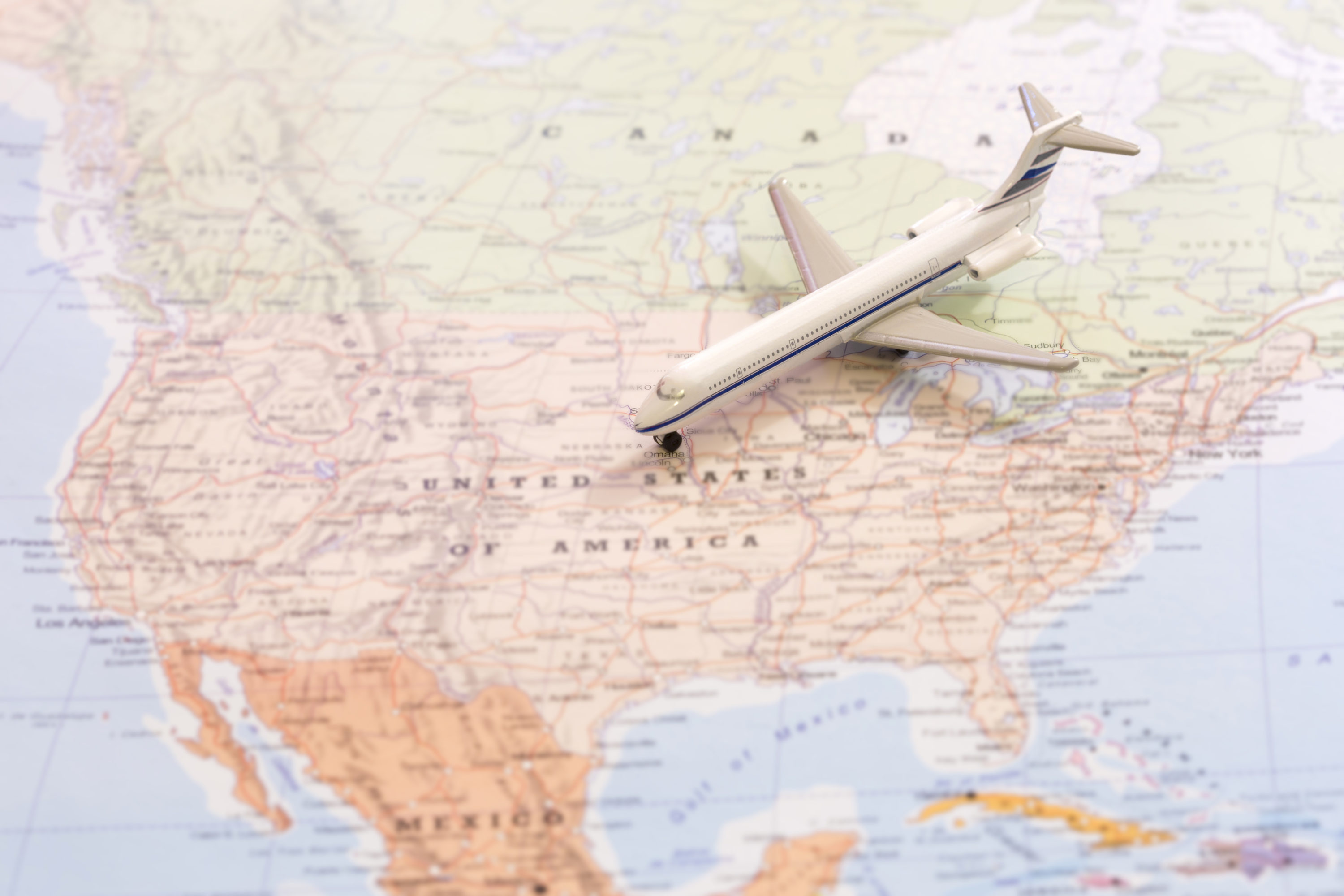 Which U S  Airlines Dominate Market Share in North America