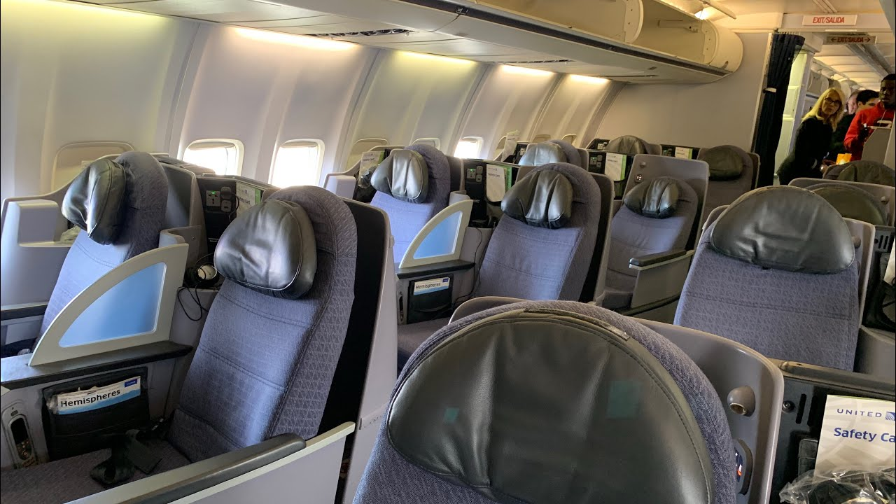 The 10 Best Domestic First and Business Class Airlines [2019]