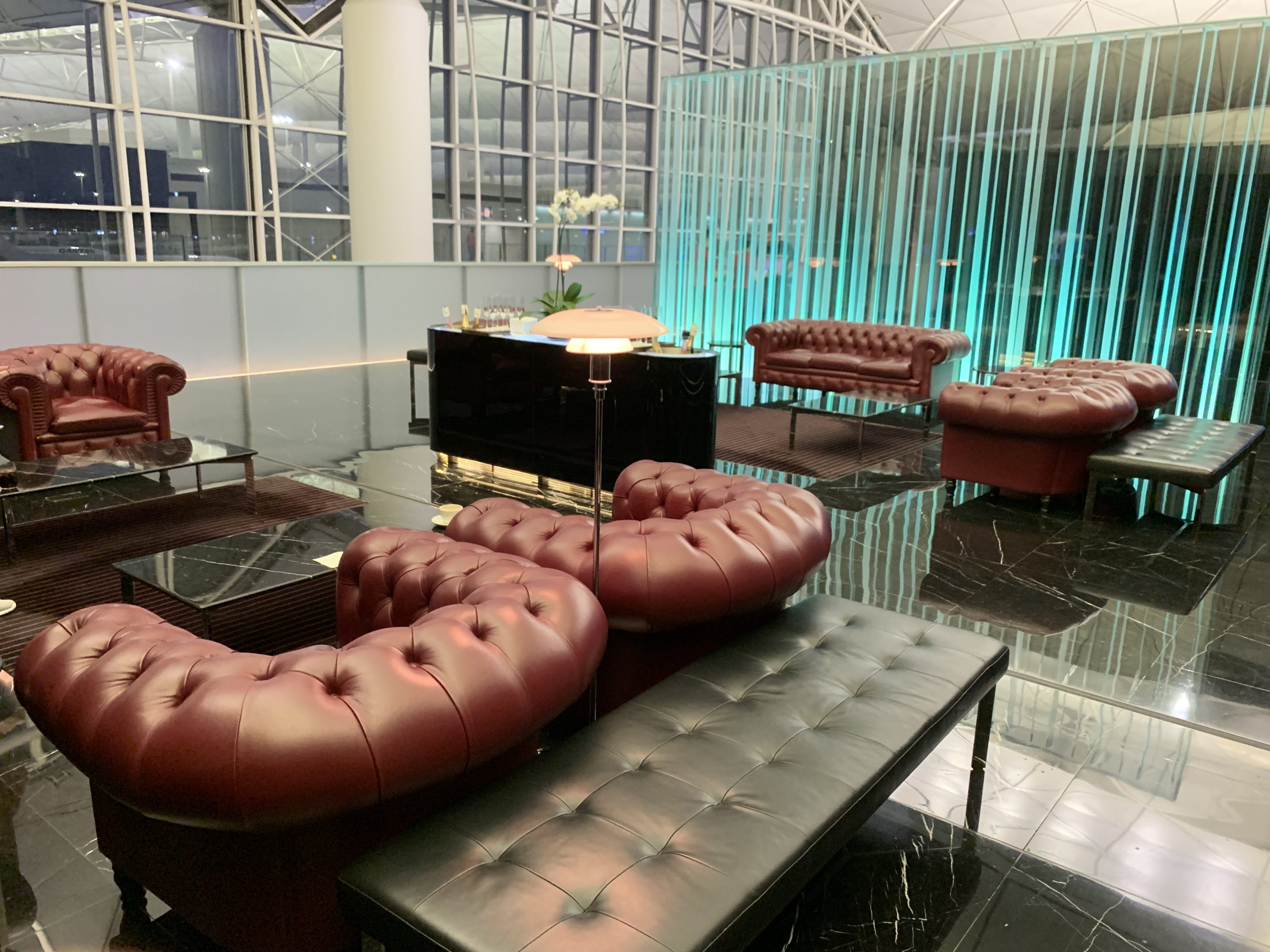 The Wing First Class Lounge At Hong Kong Airport Hkg Review