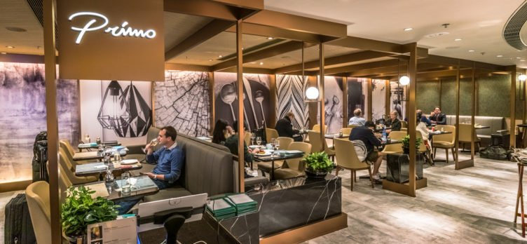 Plaza Premium First Lounge Hong Kong - Primo Dining