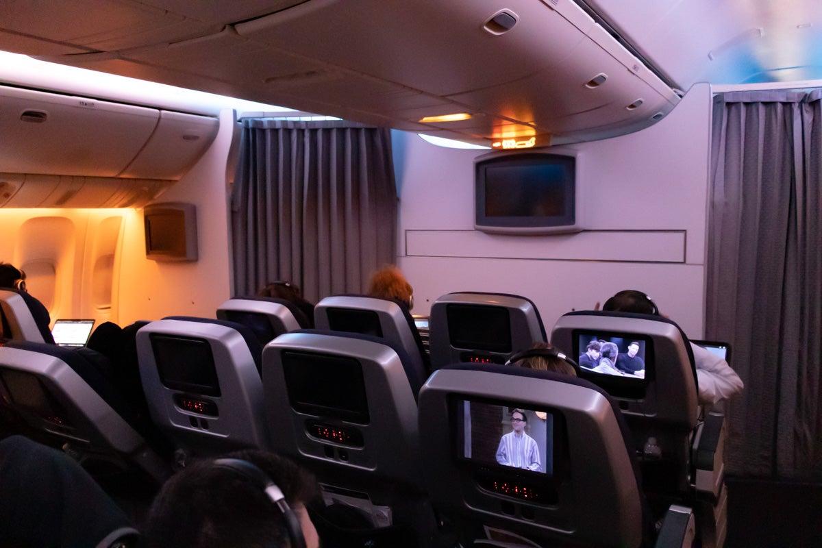 Virgin Australia Boeing 777 Premium Economy Review [LAX to SYD]