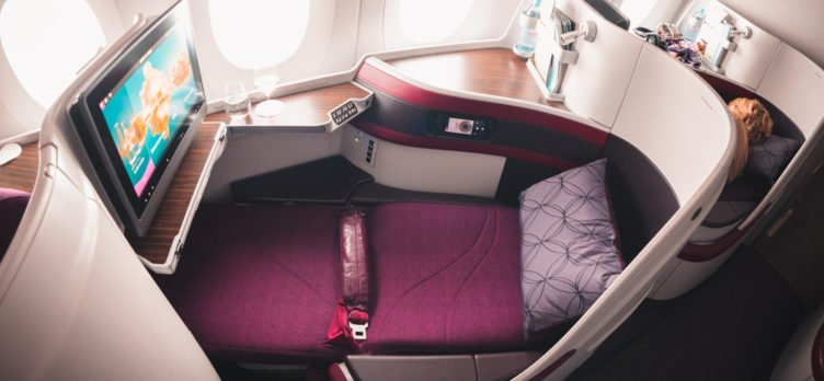 Qatar Airways Airbus A350 Business Class - Flat Bed