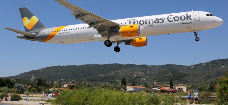 Thomas Cook 757 Landing