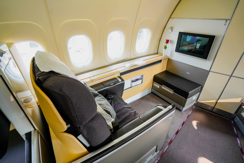 Lufthansa Boeing 747 8 First Class Review Boston Frankfurt