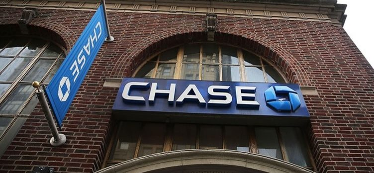 Chase Bank with Logo