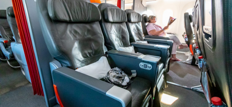 Jetstar Airways Boeing 787-8 Business Class