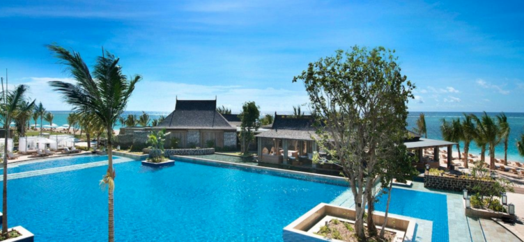 The St. Regis Mauritius Resort Pool 1