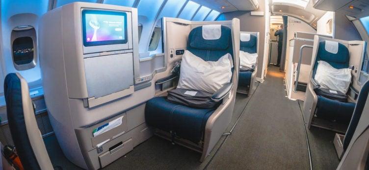 41 British Airways Boeing 747 Club World Business Class Seat 63J