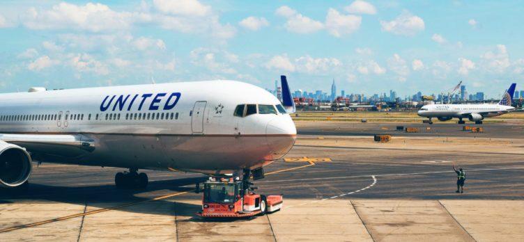 United Airplane Newark New Jersey New York NYC