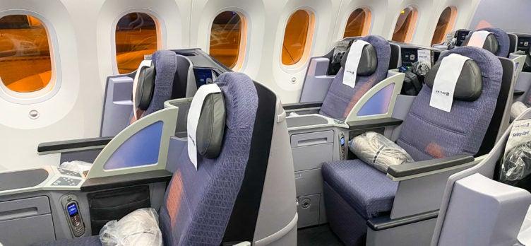 United Boeing 787 Dreamliner Polaris Business Class Empty