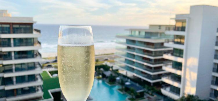 Lounge sparkling wine champagne spumante at Grand Hyatt Rio de Janeiro